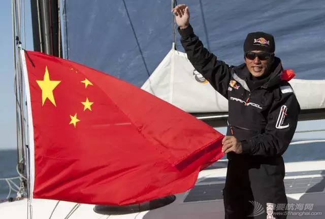 他仍然在大海上飞翔——新华社记者眼中的郭川 7dfb9589364b1c45b9c9bb4249227fea.jpg