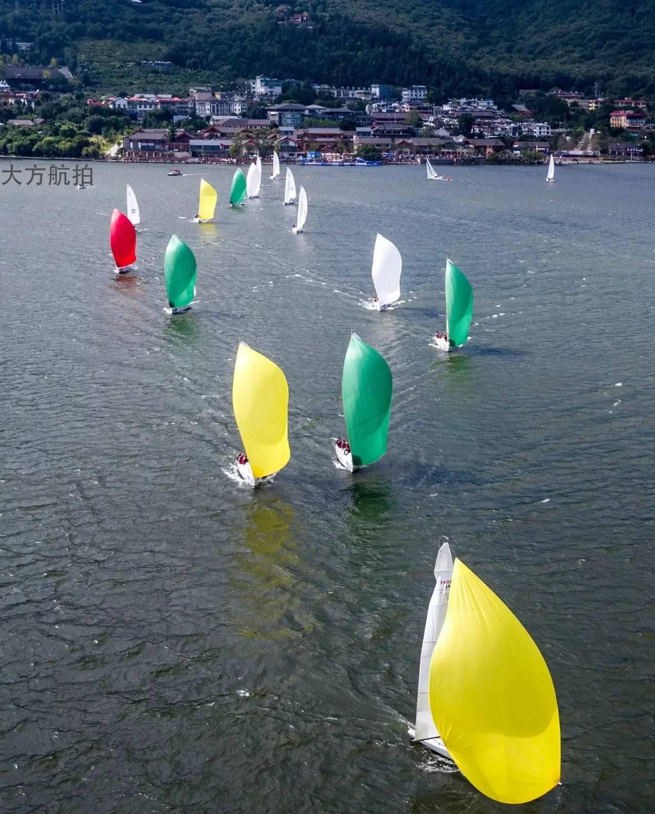 邛海帆船赛第三日:好风助力精彩纷呈 c2a9c5bf643f23c11c51f77ae6600032.jpg