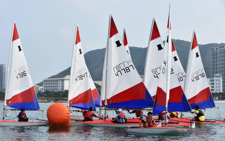 【扫盲帖】初学者对帆船运动的九大误区 a999dda261a86485dae52fe947f2fdb4.jpg