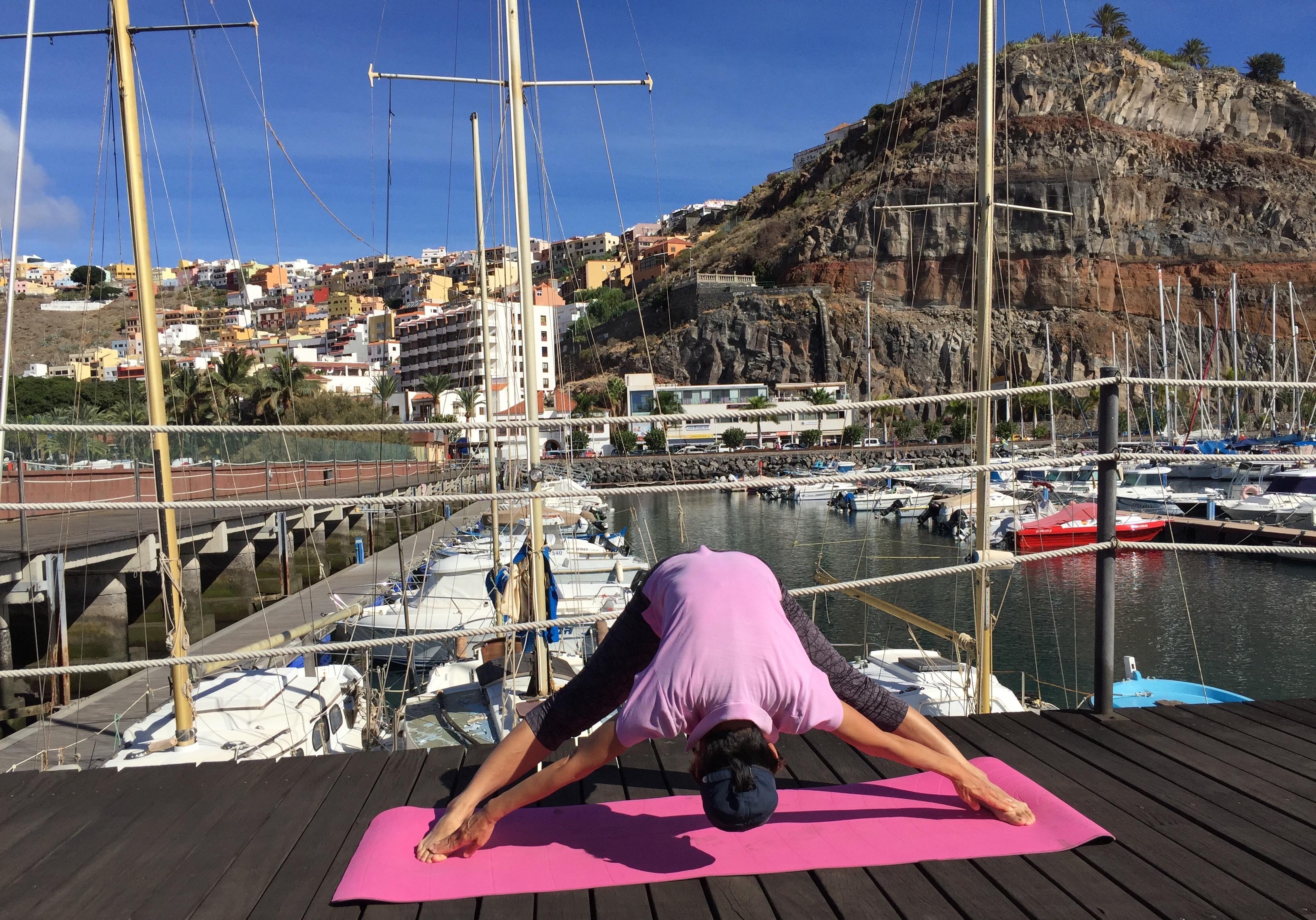 工作人员,大西洋,哥伦布,吹口哨,练瑜伽 山区传信吹口哨,海边健身练瑜伽--《再济沧海》(87) IMG_3311.JPG