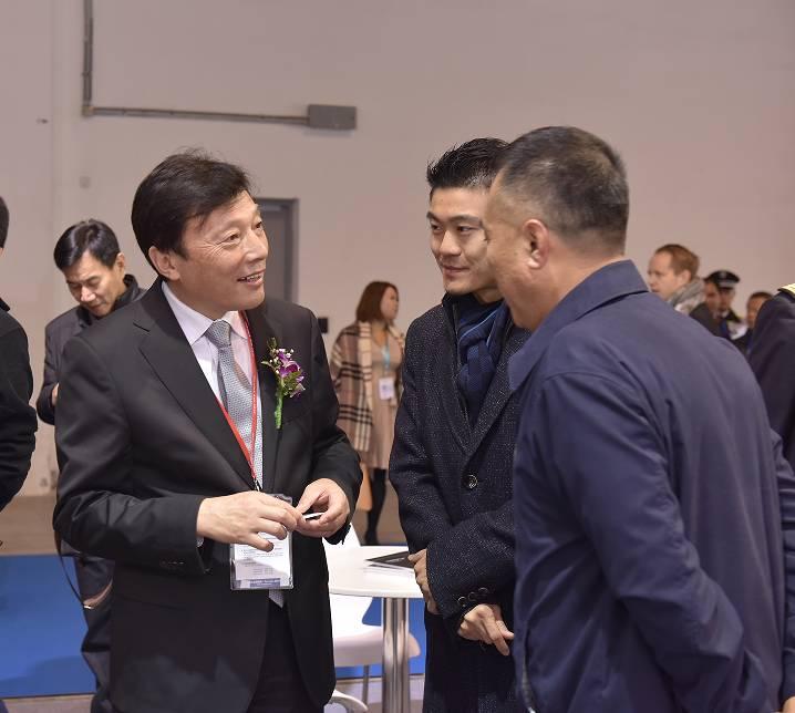 盛大揭幕 2016上海国际商用及公务船舶展览会与11月29日上午盛大揭幕! 202a3cbed1e526802e51af2969e1d46c.jpg