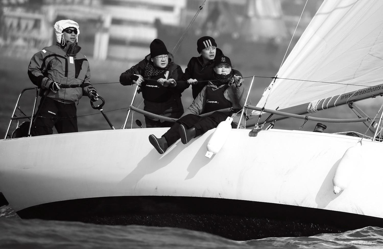 """图片,黄海,帆船,黑白 帆船的世界也可以是黑白的—2016首届""""黄海杯""""帆船赛图片精选 E78W3989鍓湰鍓湰.jpg"""
