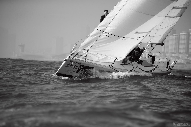 """图片,黄海,帆船,黑白 帆船的世界也可以是黑白的—2016首届""""黄海杯""""帆船赛图片精选 E78W4515"""