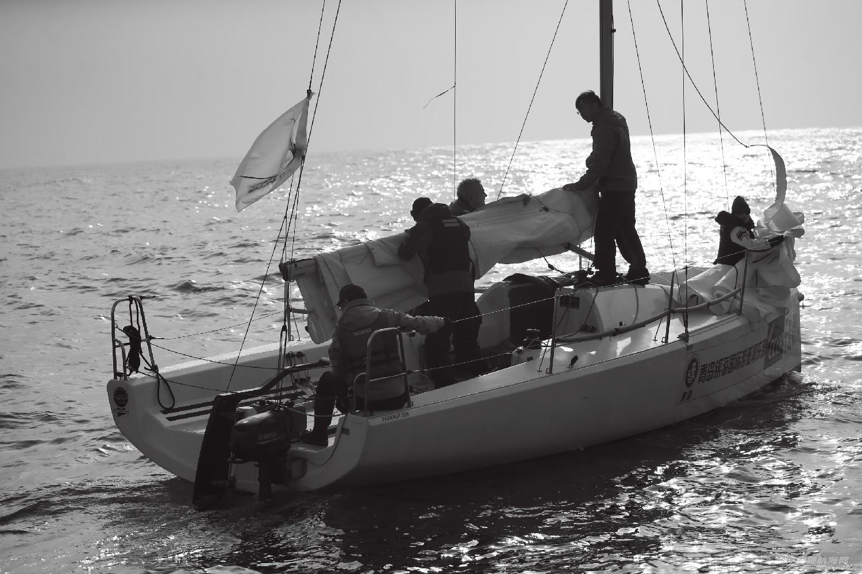 """图片,黄海,帆船,黑白 帆船的世界也可以是黑白的—2016首届""""黄海杯""""帆船赛图片精选 E78W5830鍓湰.jpg"""