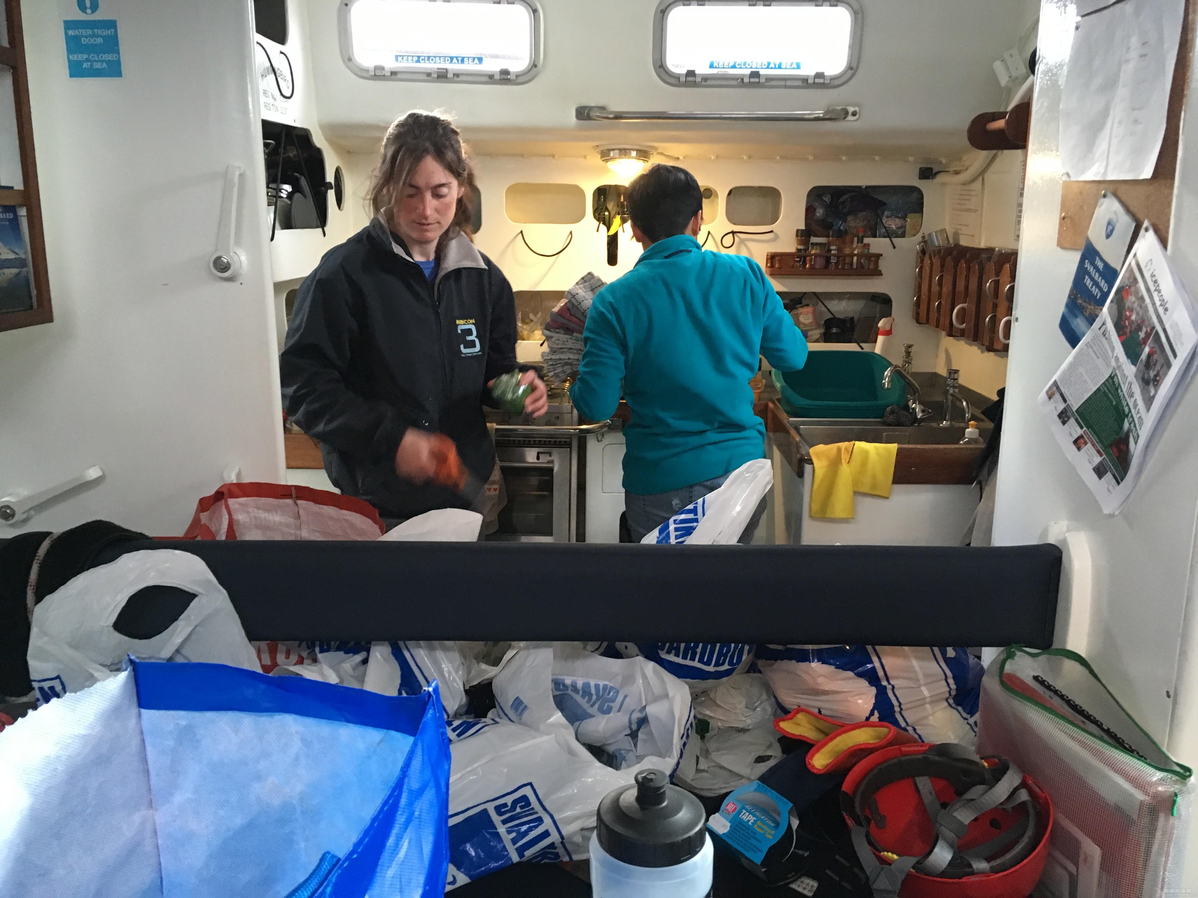 比基尼,北极圈,卫生纸,男男女女,wifi 帆洲北极-五 北极圈内的离岸航行 IMG_7824.JPG