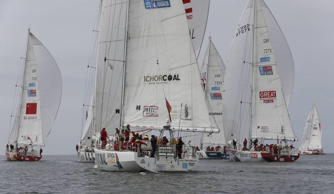 """克利伯环球帆船赛""""三亚号""""大使船员入围名单确定 0cb383d3da237084e50fee2fb5a21594.jpg"""