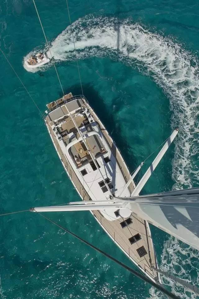 日光浴,稳定性,爱好者,安全性,经典的 Jeanneau 64 超级帆船—经典与现代的完美结合 36f31b43688182e8d3adccc5e3bfe8dc.jpg