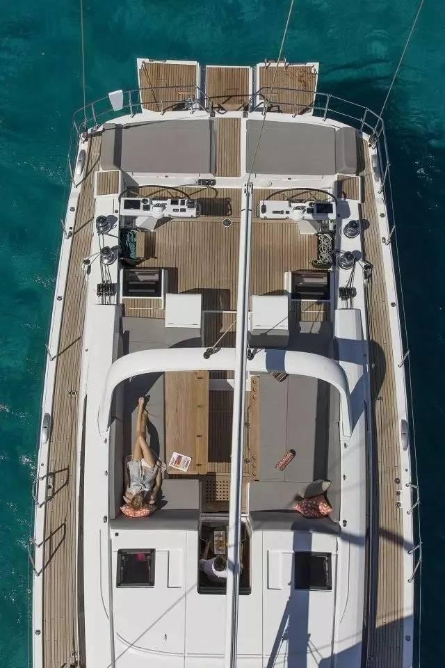 日光浴,稳定性,爱好者,安全性,经典的 Jeanneau 64 超级帆船—经典与现代的完美结合 29ad0134ecdd070f5023ca94003dd359.jpg