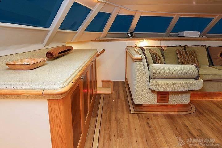 这种双体帆船适合远航吗? 184851s8pfc3ptbbffbcsm.jpg