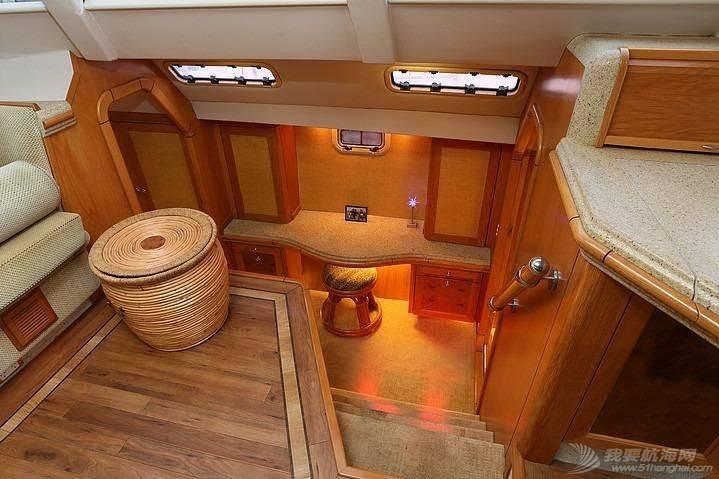这种双体帆船适合远航吗? 184853o8othi1zhnjhqjaq.jpg