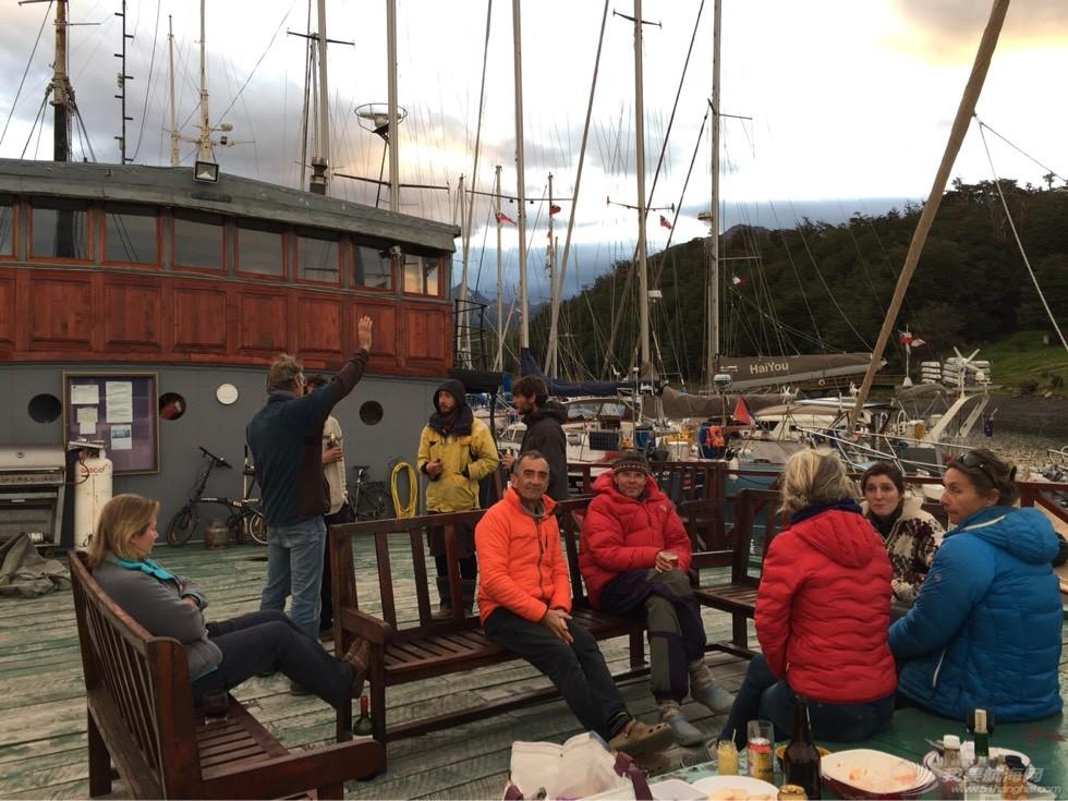 《海角孤舟》(51)帆游南极的年轻人
